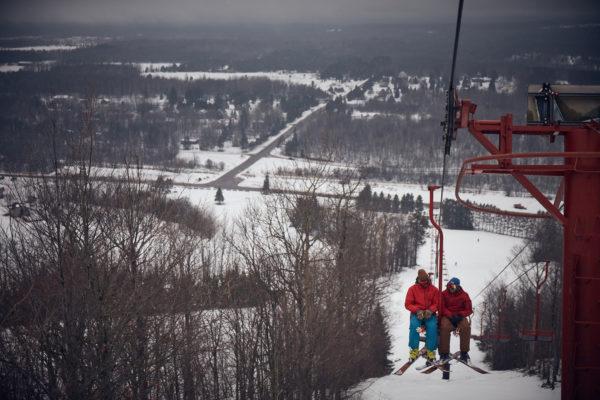 carhartt-michigan-yoopers-ski-lift-double-chair
